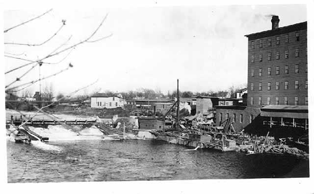 Rebuilding the turbine wheel house on Lincoln Mill