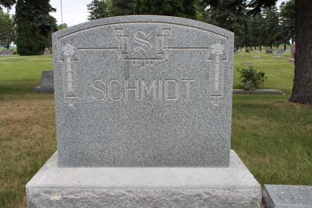 Color image of the Schmidt family gravestone in Westbrook Cemetery, ca. 2017.
