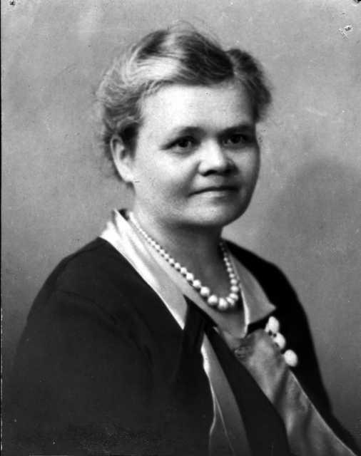 Black and white photograph of Susie Stageberg, c.1940
