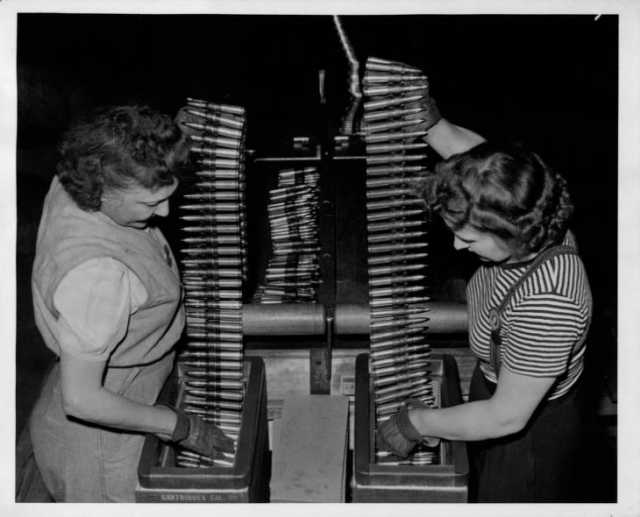 Workers at the Twin Cities Ordnance Plant