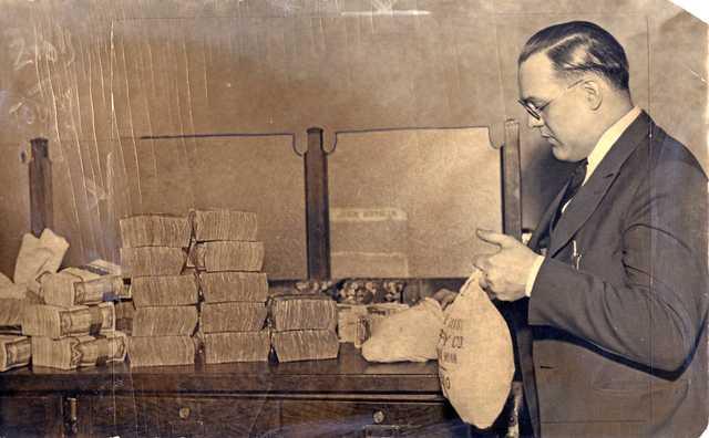 Deposit in the Bank of St. Paul