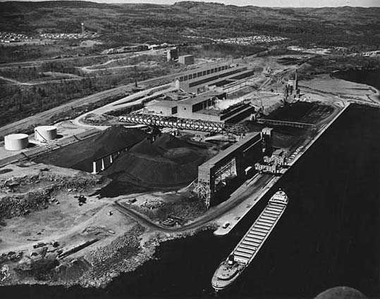 aerial photograph of taconite processing plant on Silver Bay