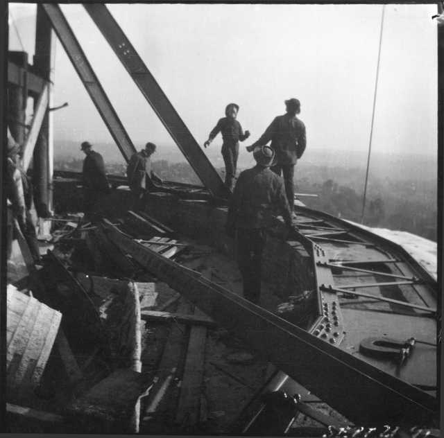 Men working on the Capitol
