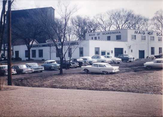 Color image of Northland Aluminum Products (Nordic Ware) and sister company Maid of Scandinavia, in St. Louis Park, ca. 1960.