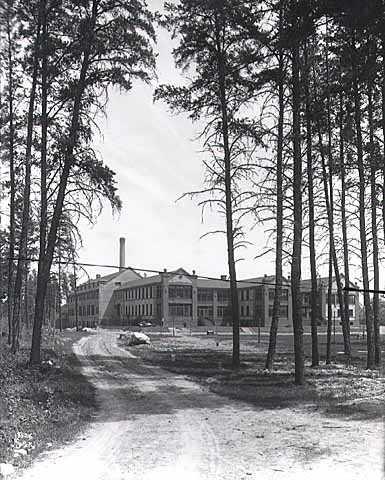 Main building from southwest, State Sanatorium near Walker