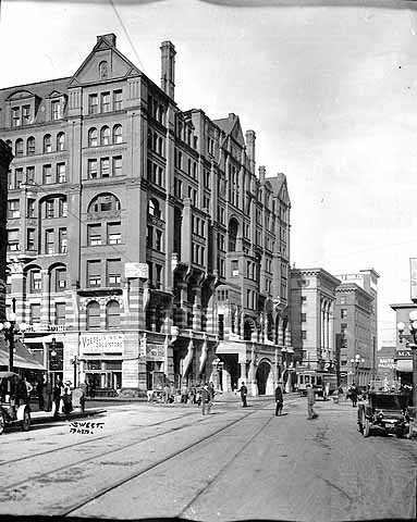 Fifth and Hennepin looking west, Minneapolis
