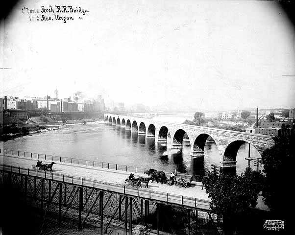 Stone Arch Bridge and Tenth Avenue wagon bridge, Minneapolis