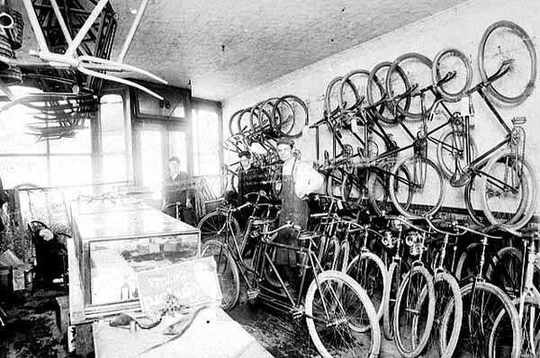 Ferodowill bicycle repair shop