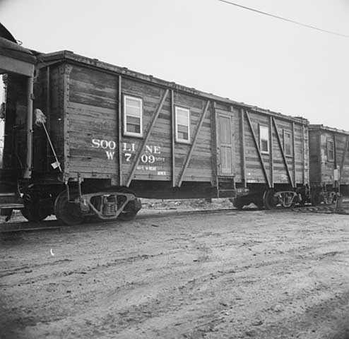 Soo Line wooded box cars at Shoreham Yards