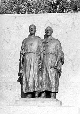 Statue of William and Charles Mayo, Mayo Park, Rochester