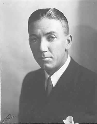 Black and white portrait of Floyd B. Olson, c.1930.