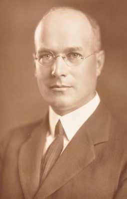 Black and white photograph of David Draper Dayton, 1919.