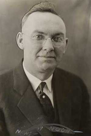Black and white photograph of Thomas A. Dahill, St. Paul Chief of Police, 1935. Photograph from the St. Paul Daily News.