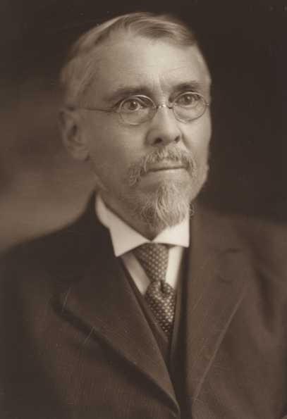 Black and white photograph of Warren Upham, 1916.