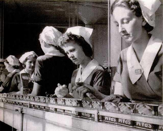 Women working in the Hormel plant in Austin, Minnesota
