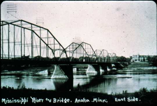 Mississippi River Bridge and Kline Sanatorium