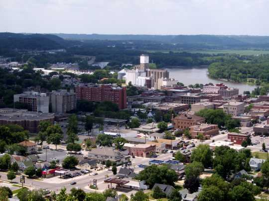 Color image of Red Wing and the Mississippi River, 2007.