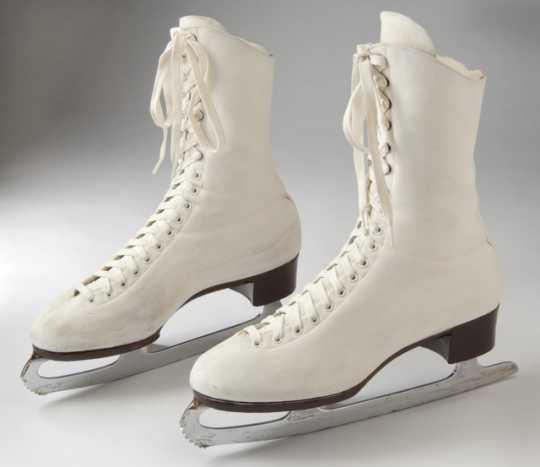 Strauss figure skates