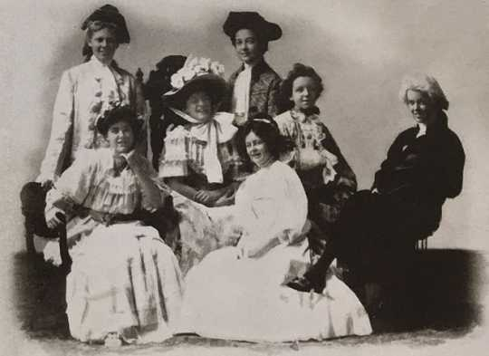 """Black and white photograph of the student cast of the drama """"Elopement of Ellen,"""" at Graham Hall, ca. 1909."""