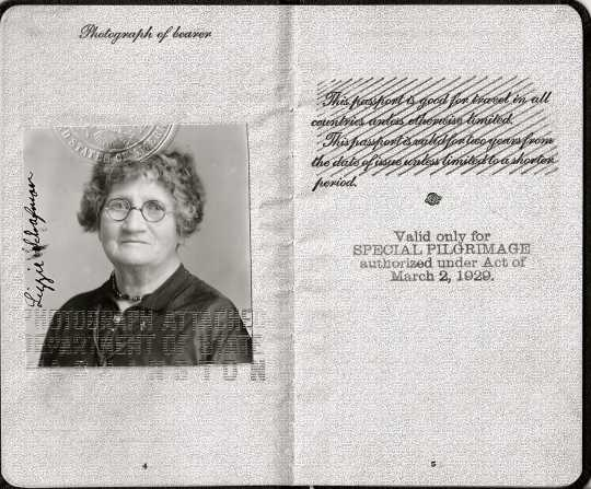 Scan of Lizzie Schafman's passport, 1930.