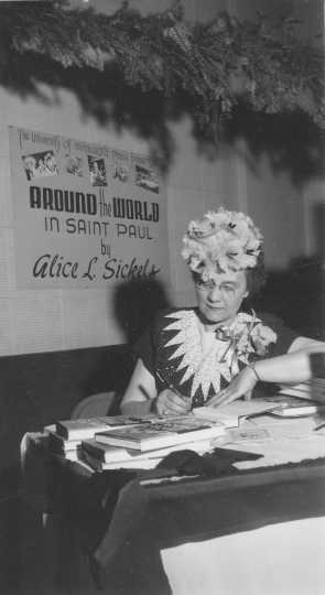 Alice Sickels book signing, December 1945.