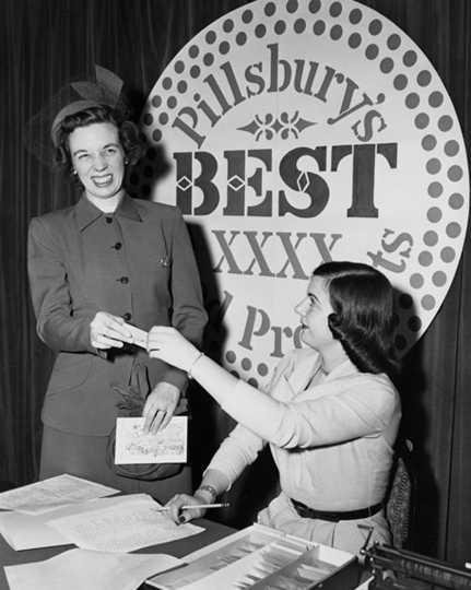 Black and white photograph of Grand Prize Bake-Off Winner, Theodora Smafield, 1949.