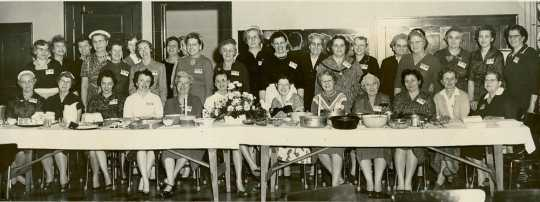 Black and white photograph of dDistrict Farm Bureau Women's Workshop during Red River Valley Winter Shows, 1959.