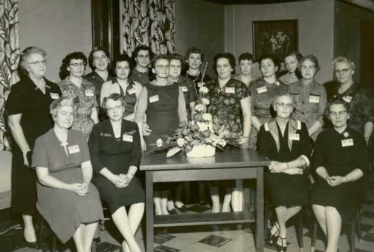Black and white photograph of a Farm Bureau workshop, 1960.