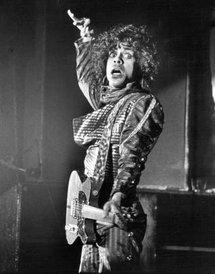 Prince performing in 1983