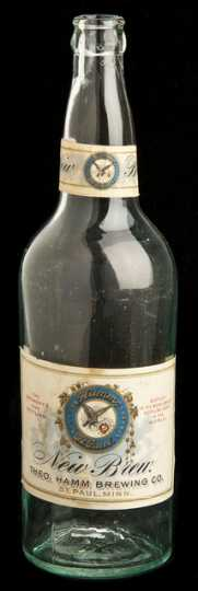 A bottle of Hamm's New Brew variety, produced in the 1930s. This bottle has the original logo and typeface typical of Hamm's Brewing Company's early products.