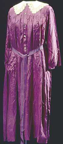 Color scan of a dressing gown worn by Mary T. Hill, c.1910.