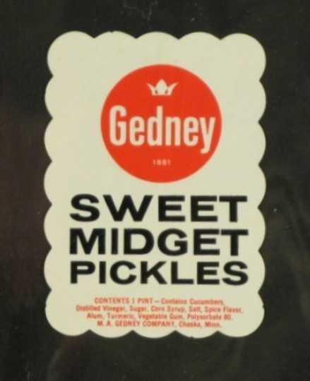 Color image of Gedney Sweet Midget Pickles label, c.1958.