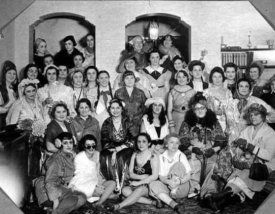 Black and white photograph of Adath Jeshurun Women's League, Minneapolis, c.1930.