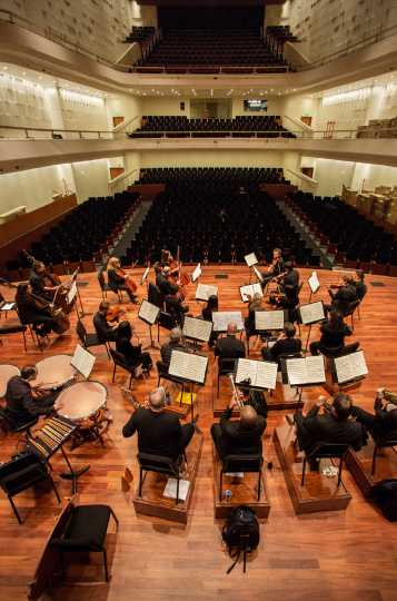 Color image of the SPCO onstage at the new Ordway Concert Hall, 2015.