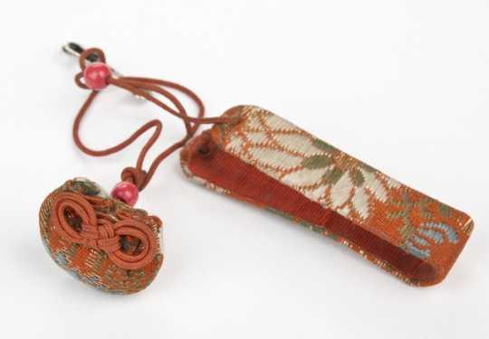 Wrist fastener for miniature doll fan