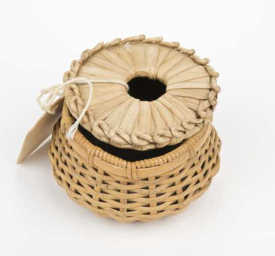 Grass hot pad and wicker basket for doll