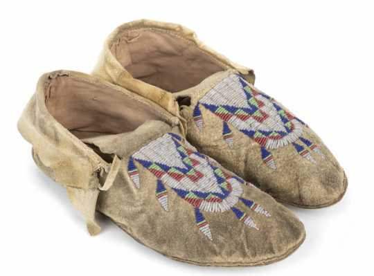 Dakota beaded moccasins