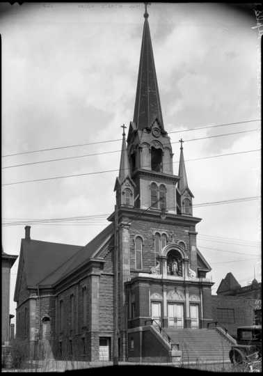 Black and white photograph of Our Lady of Lourdes Church, 27 Prince Street, Minneapolis, 1936. Photograph by A. F. Raymond.