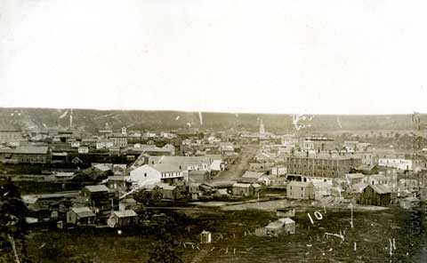 Black and white photograph of Winslow Hotel and Seven Corners, 1861.