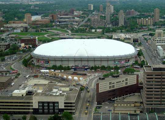 Color image of the Hubert H. Humphrey Metrodome, Minneapolis, 2007.