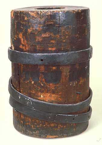 a gum tree mortar made by a Civil War soldier