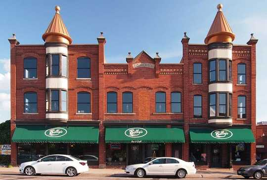 Anoka's Jackson Hotel, built in the 1870s and then rebuilt by Charles G. Jackson in 1884 after a fire. Photo by Wikimedia Commons user McGhiever, July 2, 2013.