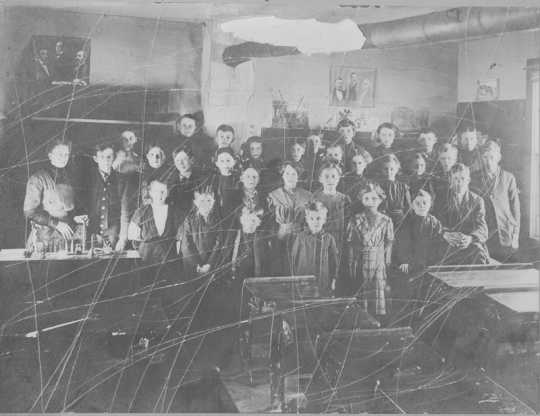 Photograph of the interior of Mud Lake School (District #33) in rural Watertown taken during the late 1880s. Photograph Collection, Carver County Historical Society, Waconia.