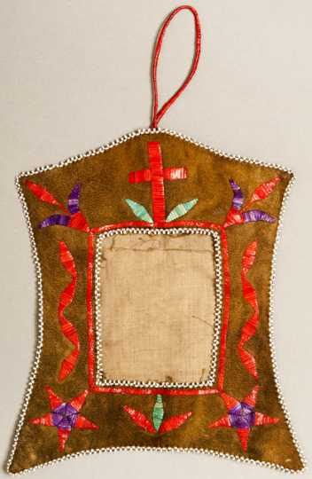 Color image of a Dakota hanging picture frame made of decorated leather, probably for the commercial market, c.1900. The frame was purchased at either the Lower Brule Agency or the Crow Creek Agency in South Dakota.