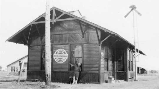 Nerstrand Railway Station (998_b-9, Great Western Railroad), ca. 1935. Used with the permission of Rice County Historical Society.