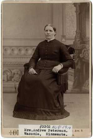 portrait photograph of Elsa Peterson