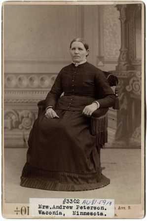 portrait photograph of Elsa Peterson