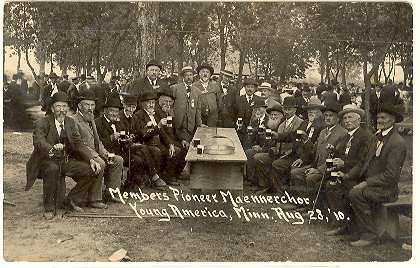 Black and white photograph of members of Pioneer Maennerchor at the annual Stiftungsfest celebration, c.1910.