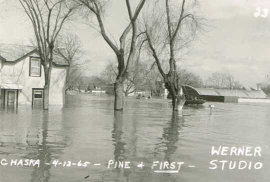 Black and white photograph of Pine and First Streets, Chaska