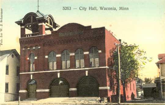 Color postcard depecting Waconia City Hall.